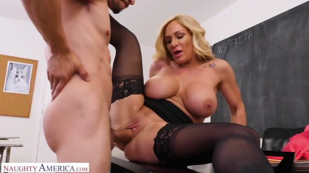 big tits big ass Mature Woman Faith Gets her Pussy Filled with Cum by Bambino